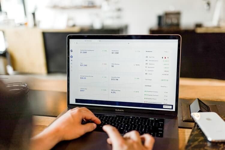 نرم افزار حسابداری آنلاین شرکت طراحی سایت